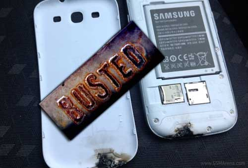 Phu kien iPhone - Galaxy S3 phát nổ do lò vi sóng