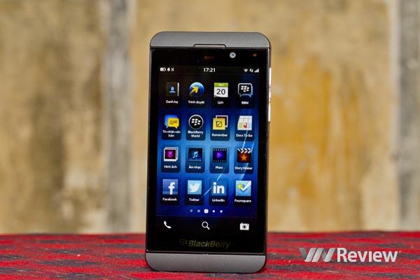 Phu kien iPhone - BlackBerry Z10 bất ngờ hạ giá chỉ còn 6 triệu đồng
