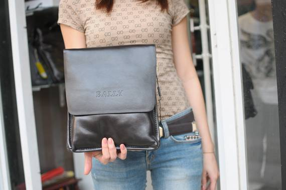 Túi xách da đựng iPad Bally - Kiểu 1 1