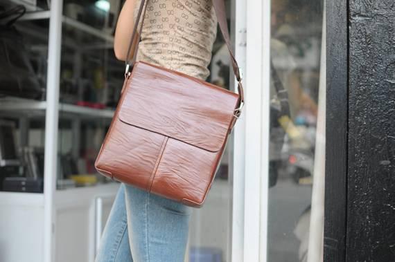 Túi xách da đựng iPad Bally - Kiểu 2 1