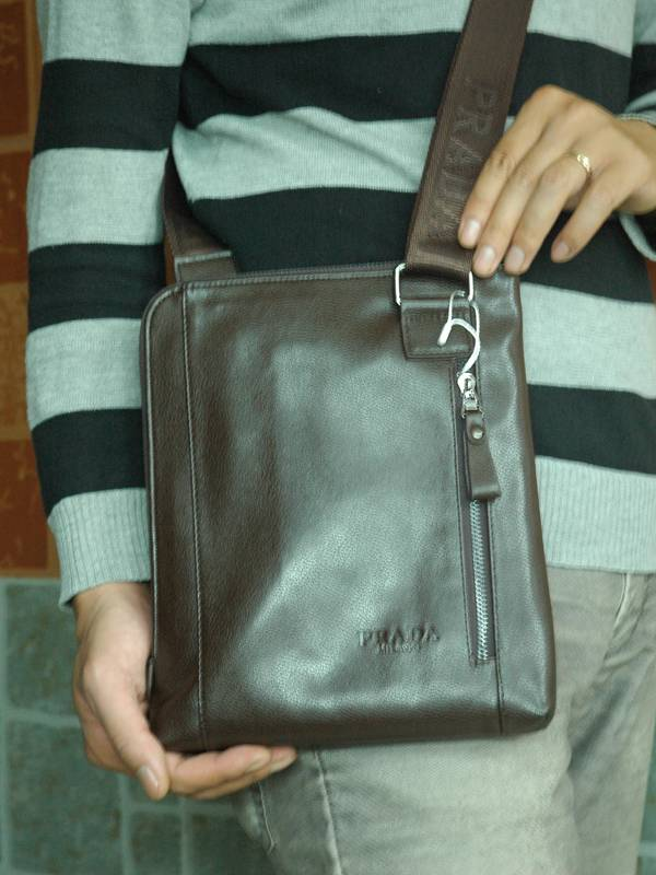 Túi xách da đựng iPad Prada - Kiểu 1 1