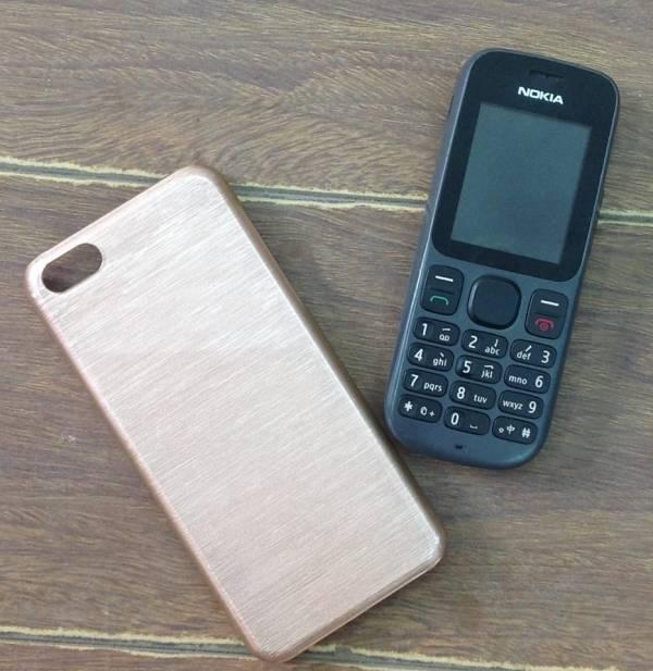 Ốp lưng iPhone 5C Trơn bóng xước 3